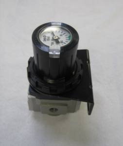 Air Regulator with Bracket for Rapid-Loc™ – Metric